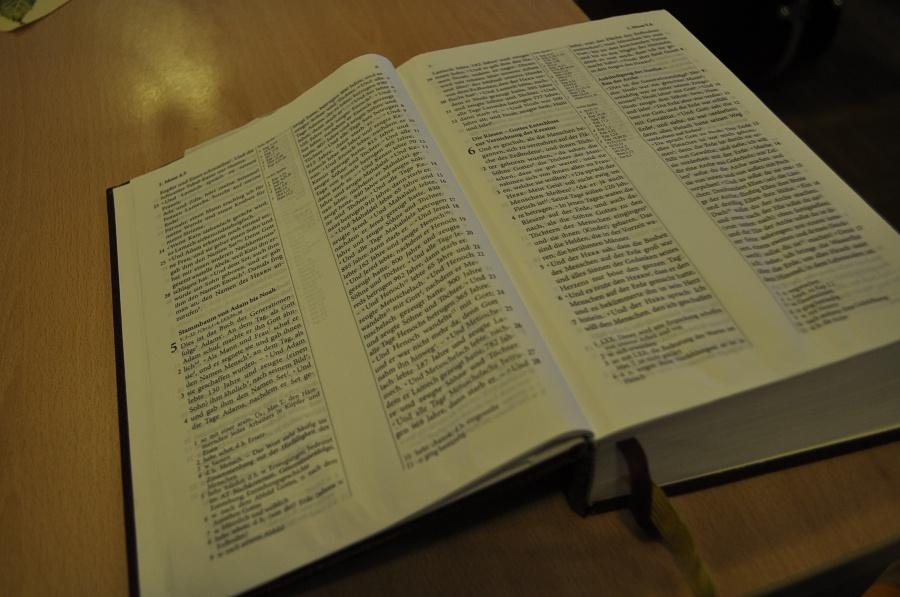 Erwachsene Advent Bibel Studien